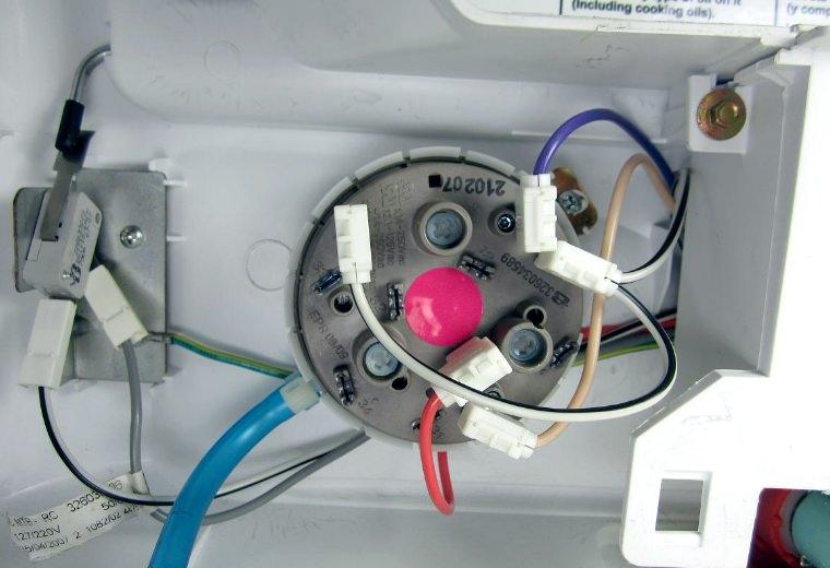 Замена датчика воды в стиральной машине